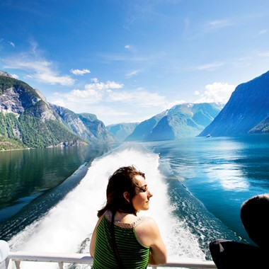 Sognefjord in a nutshell - Travel on one green ticket with Fjord Tours