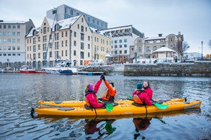 Winter kayaking in Alesund