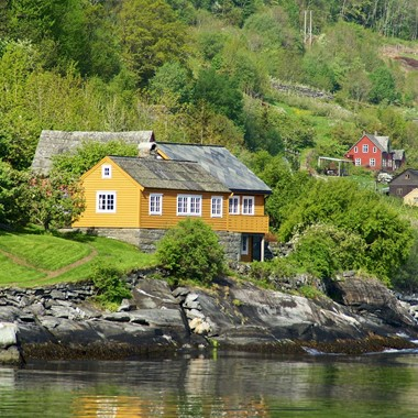 Cabin by the Hardangerfjord- Hardanger, Norway - Cider tour in the Hardangerfjord with Fjord Tours