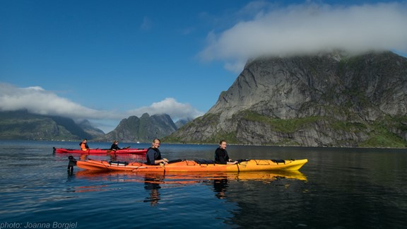Kayak tour on the Reinefjord