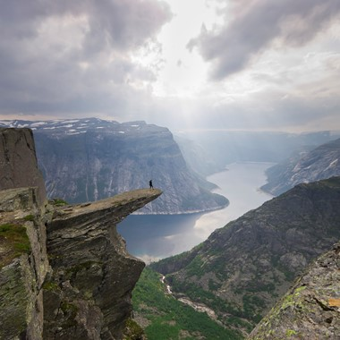 Hiking & Local Food - Trolltunga & Cider Platter