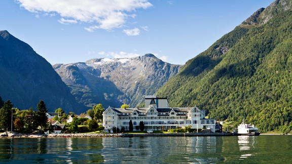 Hotels by the fjords