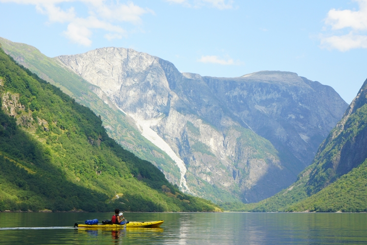 Half Day Kayak Tour on the Nærøyfjord from Gudvangen