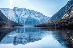 Hardangerfjord in a nutshell Winter Tour