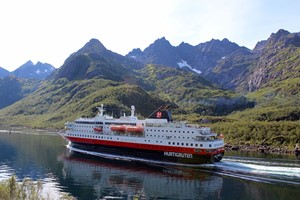 Hurtigruten coatsal voayage - Norway