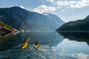 Kayaking to Fjøra - Valldal, Norway