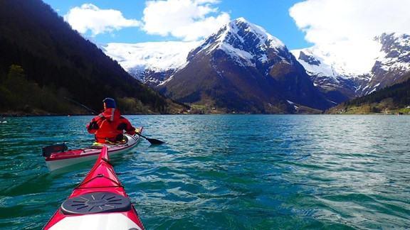 Guided kayak trip Balestrand