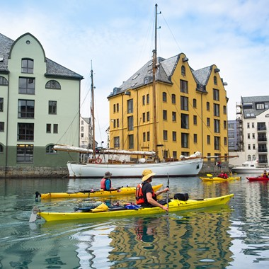 Art Nouveau kayaking in Alesund