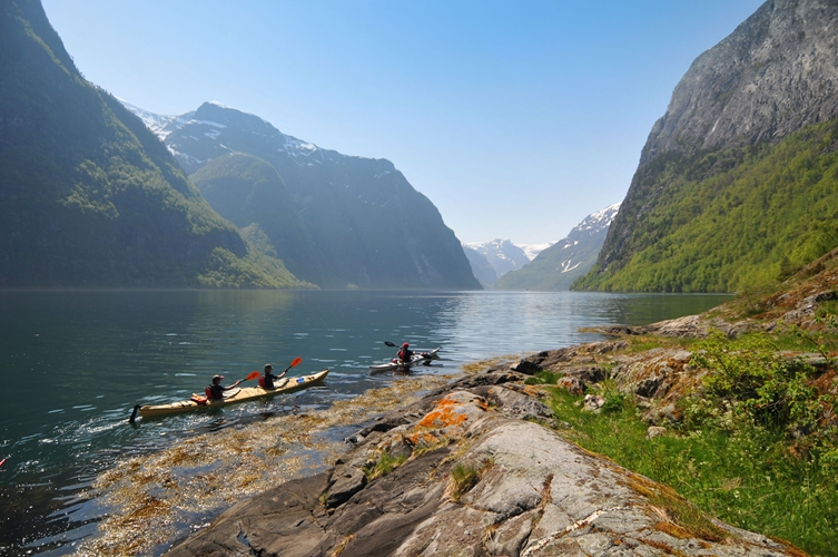 Kayaking in Flåm 4 hours