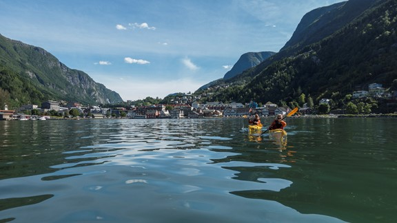 Historical Kayaking on the Hardangerfjord