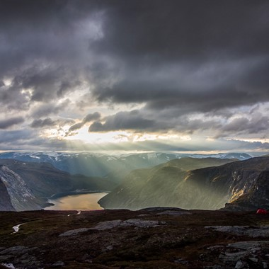 Trolltunga Sunrise & Sunset tur