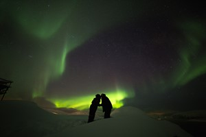 Romantic honeymoon Norway - Northern lights