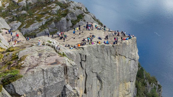 Hike the Icons - Hiking trip to Preikestolen Pulpit Rock