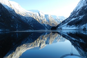 Calm day on the Nærøyfjord - Norway in a nutshell® winter tour by Fjord Tours - Flåm, Norway
