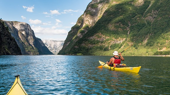 Kayaking in Noway with Fjord Tours and get discount with Fjord Pass®