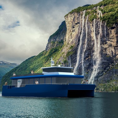 Fjord sightseeing in Geiranger, 60 min