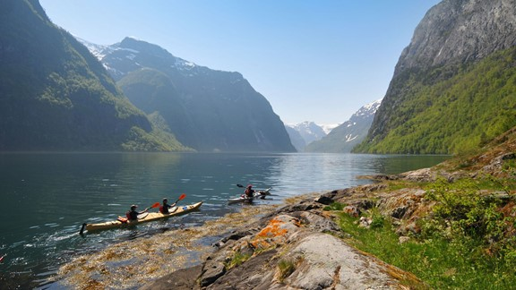 4 hour kayaking trip in Flam