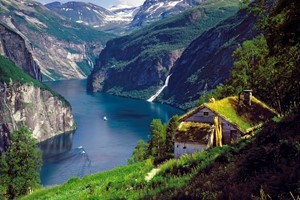 The beautiful Geirangerfjord - Geiranger, Norway