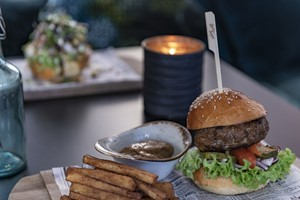Food Burger Gast First Hotel Marin - Bergen, Norway