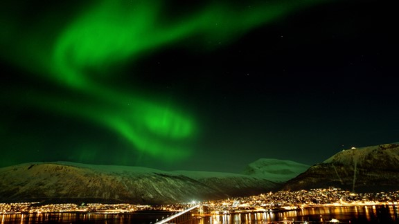 Fairytale view in Tromsø - travel with Northern Lights & Norway in a nutshell®
