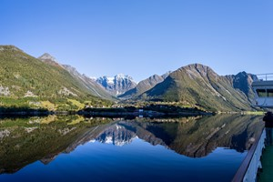 Experience a magical travel with Hurtigruten on the Hjørundfjord & Norway in a nutshell® tour