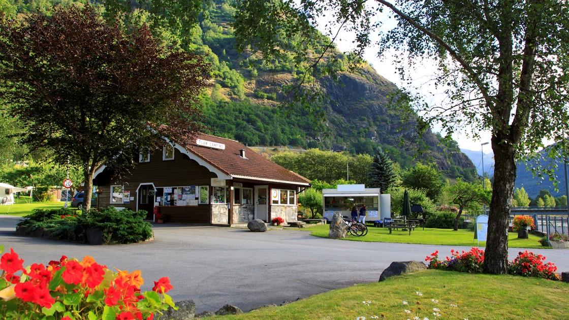 Bilderesultat for Flåm camping