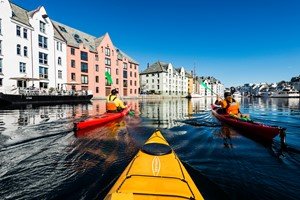 Art Nouveau kayaktour in Alesund