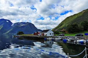 Experience the Hjørundfjord and Ålesund on the Hjørundfjord & Norway in a nutshell® tour
