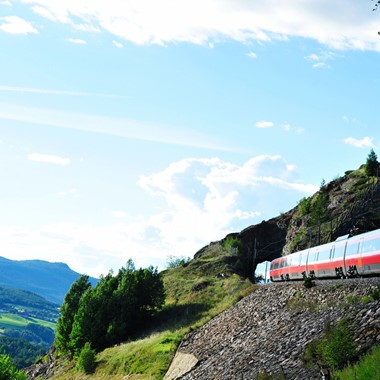 Experience the Dovre Railway with Fjord Tours on the Epic Fjord & Rail tour  - Dovre, Norway