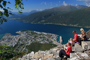 Experience Romsdalstrappa with Fjord Tours on the Epic Fjord & Rail tour  - Åndalsnes, Norway