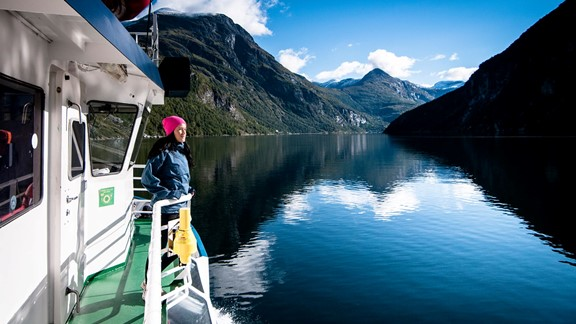 Fjord sightseeing with boat in Geiranger