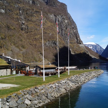 Experience Flåmsbana on the famous Norway in a nutshell® tour by Fjord Tours