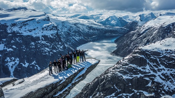 Trolltunga Snowshoe Winter Hike