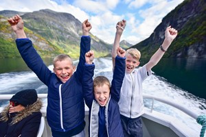 Fjord sightseeing in Geiranger, 90 min