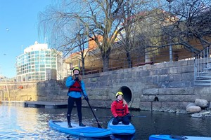 Guided SUP trip on Akerselva in Oslo