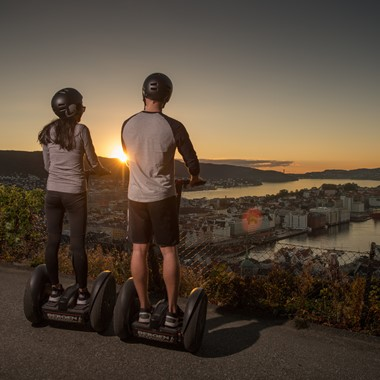 Bergen by night segway