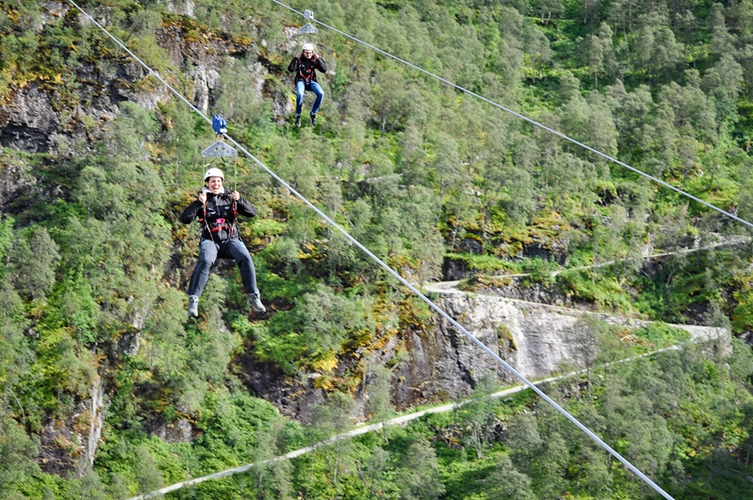 Adventure day in Flåm with Zipline
