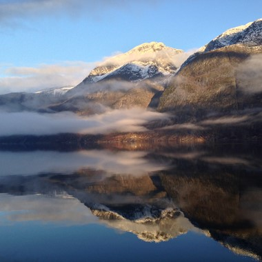 Winter mood on the Hardangerfjord in a nutshell winter tour by Fjord Tours - Eidfjord, Norway